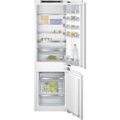 Siemens KI86SAF30 iQ500 272L Built-in Fridge-Freezer (Bottom Freezer) Flat Hinge